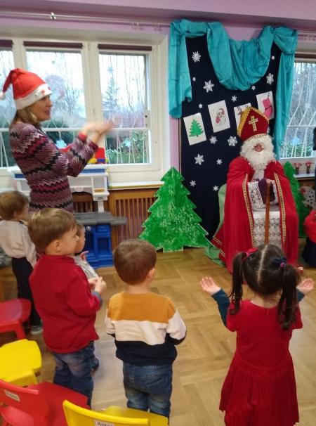Święty Mikołaj u najmłodszych dzieci.